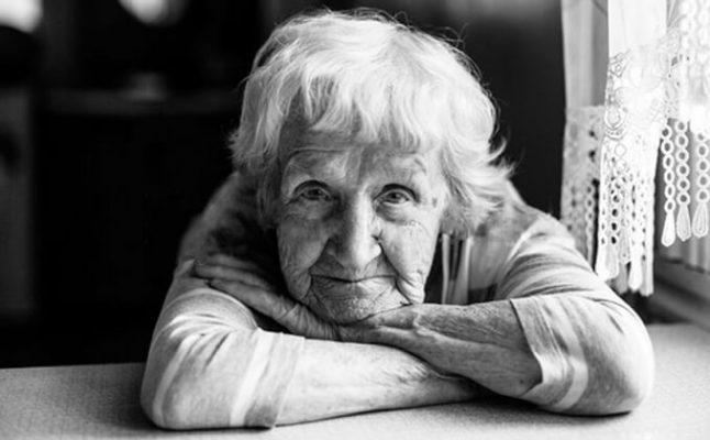 رابطه افسردگی و کمبود ویتامین D در سالمندان